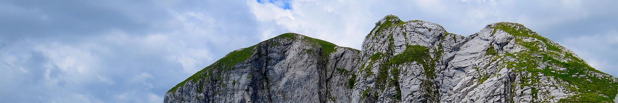 Vista di una vetta delle Alpi Apuane