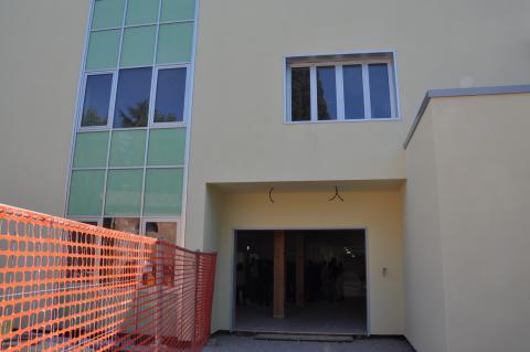 Un ingresso dell'Isi di Barga di cui fa parte l'istituto tecnico Magri