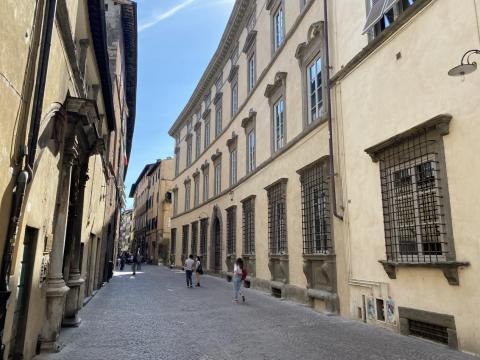 """la """"nuova"""" facciata del Liceo Passaglia"""