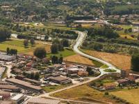 un rendering del nuovo ponte sul fiume Serchio
